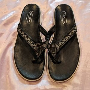 Coach signature logo flip flop sandals